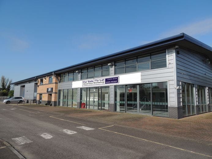 12,158 Sq Ft , FORMER MITSUBISHI SHOWROOM, Western Way SN12 - Available