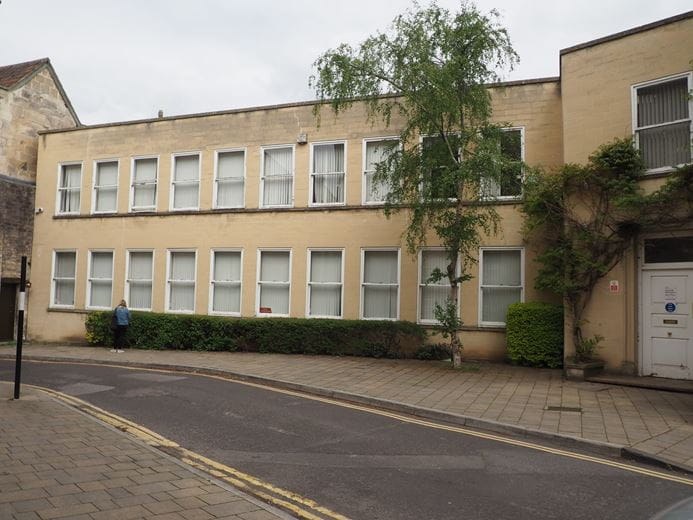1,992 to 4,078 Sq Ft , North Wing Manvers House, Kingston Road BA15 - Available