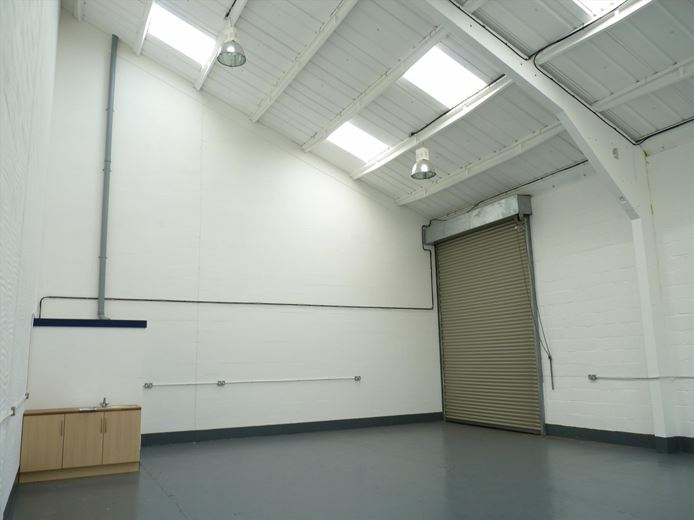 1,160 Sq Ft , Unit E, Nuffield Road CB4 - Available