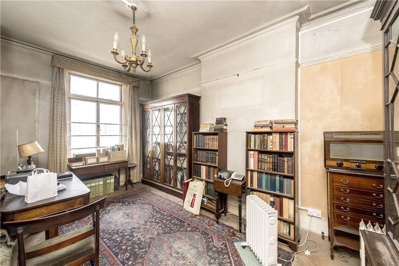 bedroom flat, Gloucester Terrace, Bayswater W2 - Sold