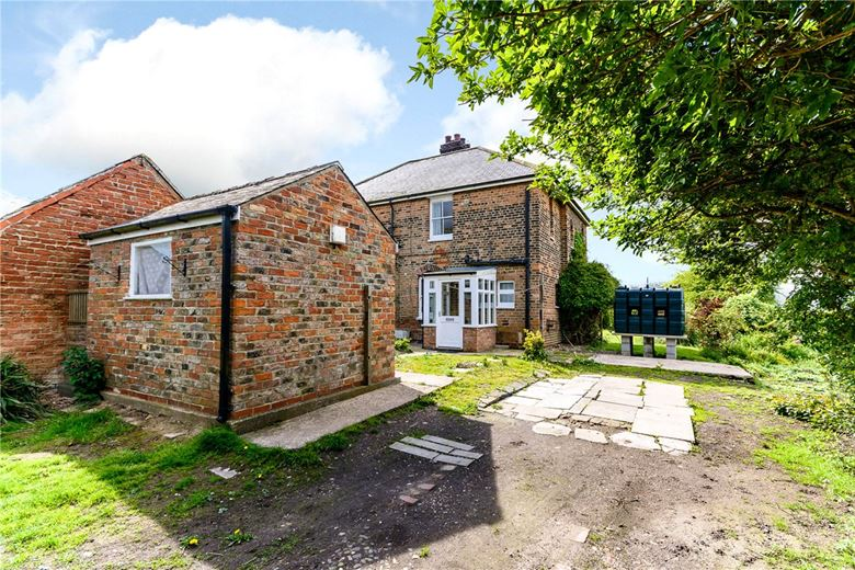 2+ bedroom cottage, Channel Road, Sunk Island HU12 - Sold