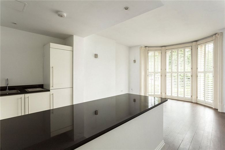 bedroom flat, The Green, Clifton YO30 - Available